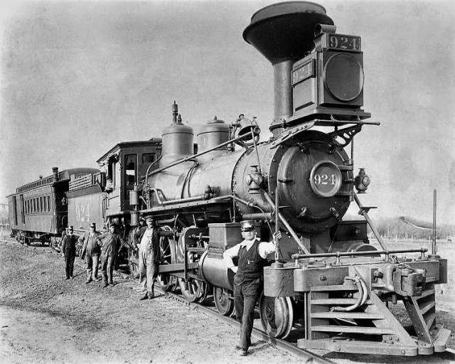 Wyoming History - Steam Enigine